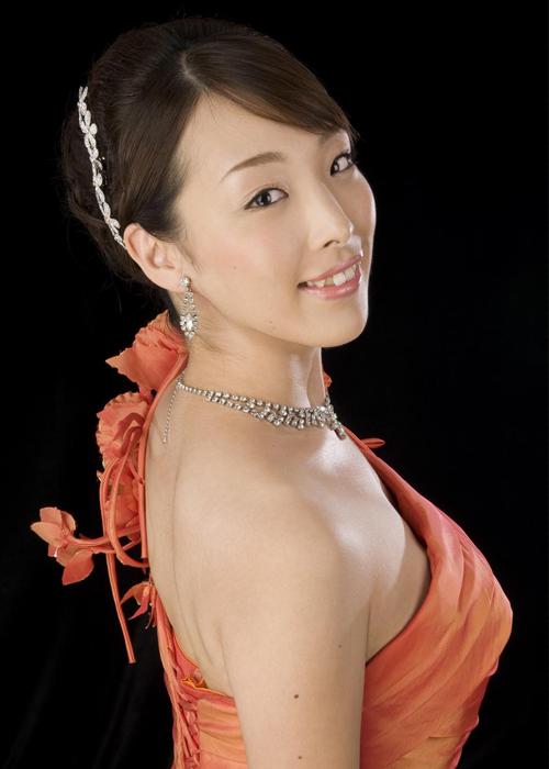 TOMIOKA Akiko